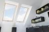 Fakro Standard - FTS U2 középen billenő fa tetőtéri ablak
